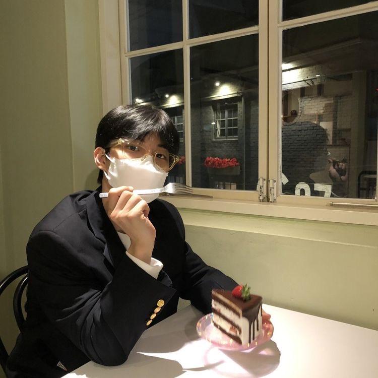 @nanazgl's photo on changmin