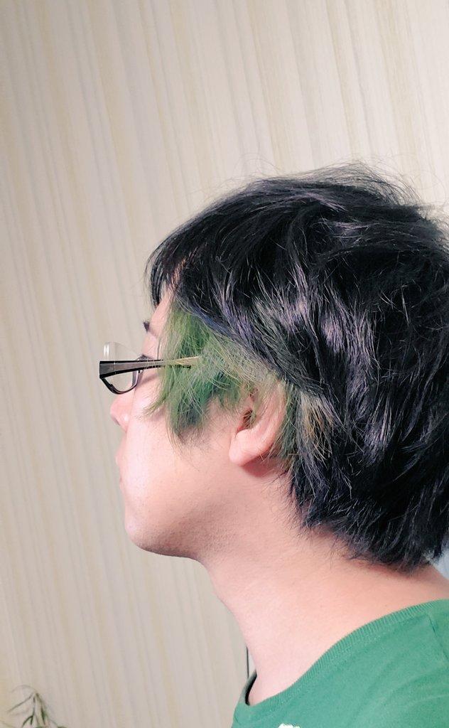 『#しらいむチャンネル』 チャンネル登録者数30万人突破しましたぁ \(^o^)/  見守ってくださったみなさんありがとうございました✨✨✨ 髪が緑なうちに突破できて良かったです  次は目指せ40万人!!!!! #しらいむチャンネル30万人