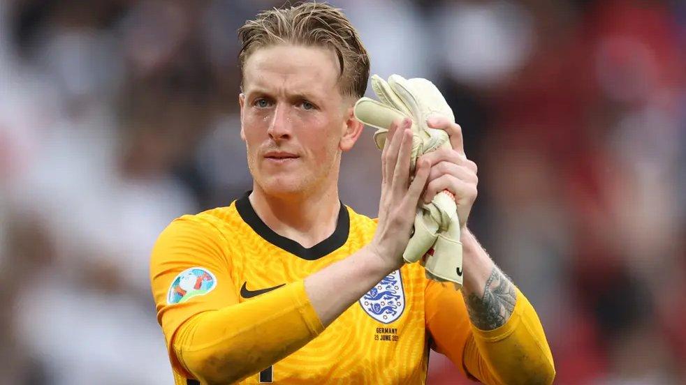 =583. Jordan PICKFORD  Goalkeeper - 07.03.94 - ENG (38/0)  Prem Clubs: Sunderland (11-17), Everton (17-??)  Euros Debut: 13/06/2021 (ENGLAND vs. Croatia, W 1-0)  Euro Finals: England (2021)  Euro Apps: 7 Euro Goals: 0 Euro Clean Sheets: 5 https://t.co/t7jsqHicQr