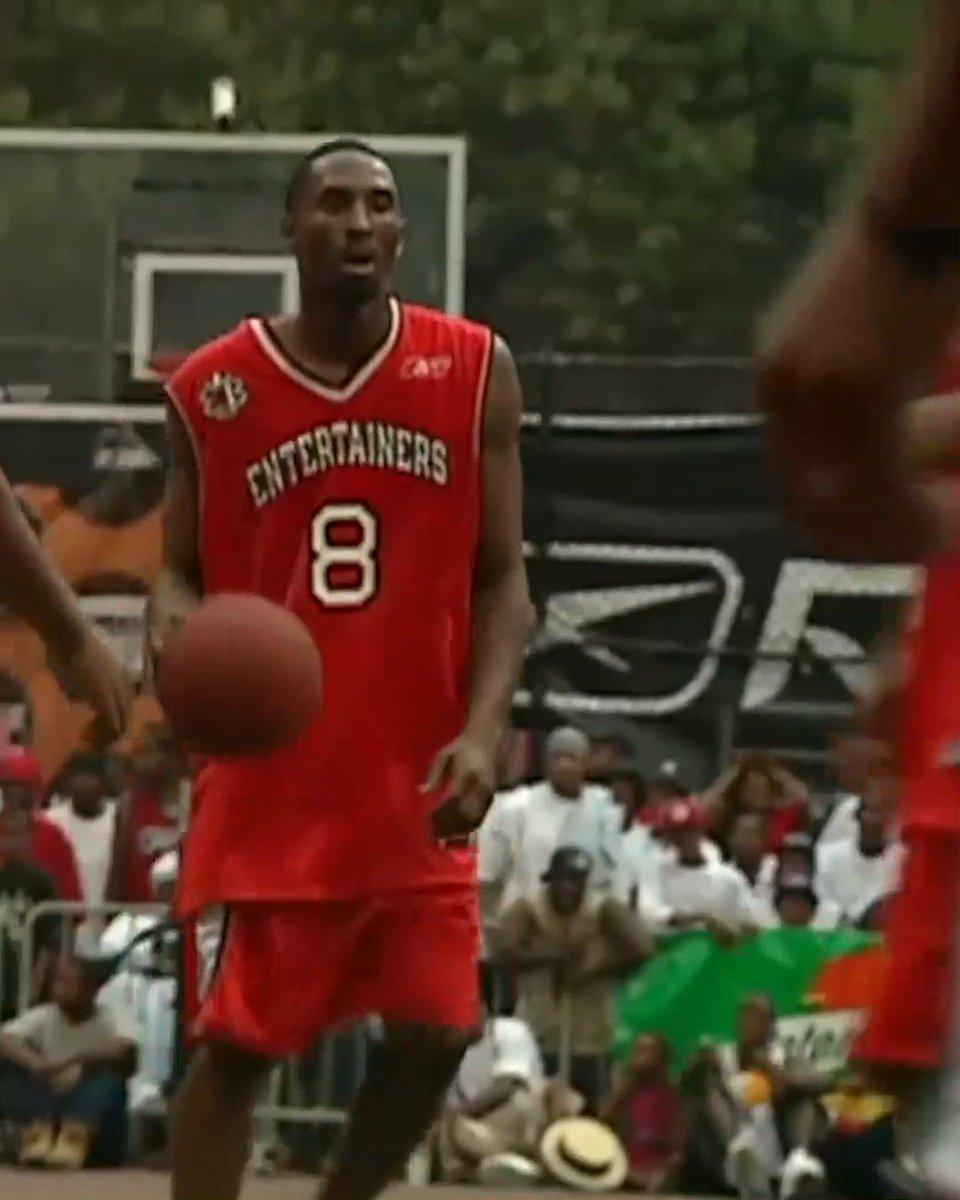 RT @SportsCenter: Kobe put on a show at Rucker Park 19 years ago 🐍 https://t.co/Wpu9l8MqlA
