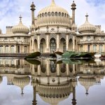 Image for the Tweet beginning: The Royal Pavilion, built as