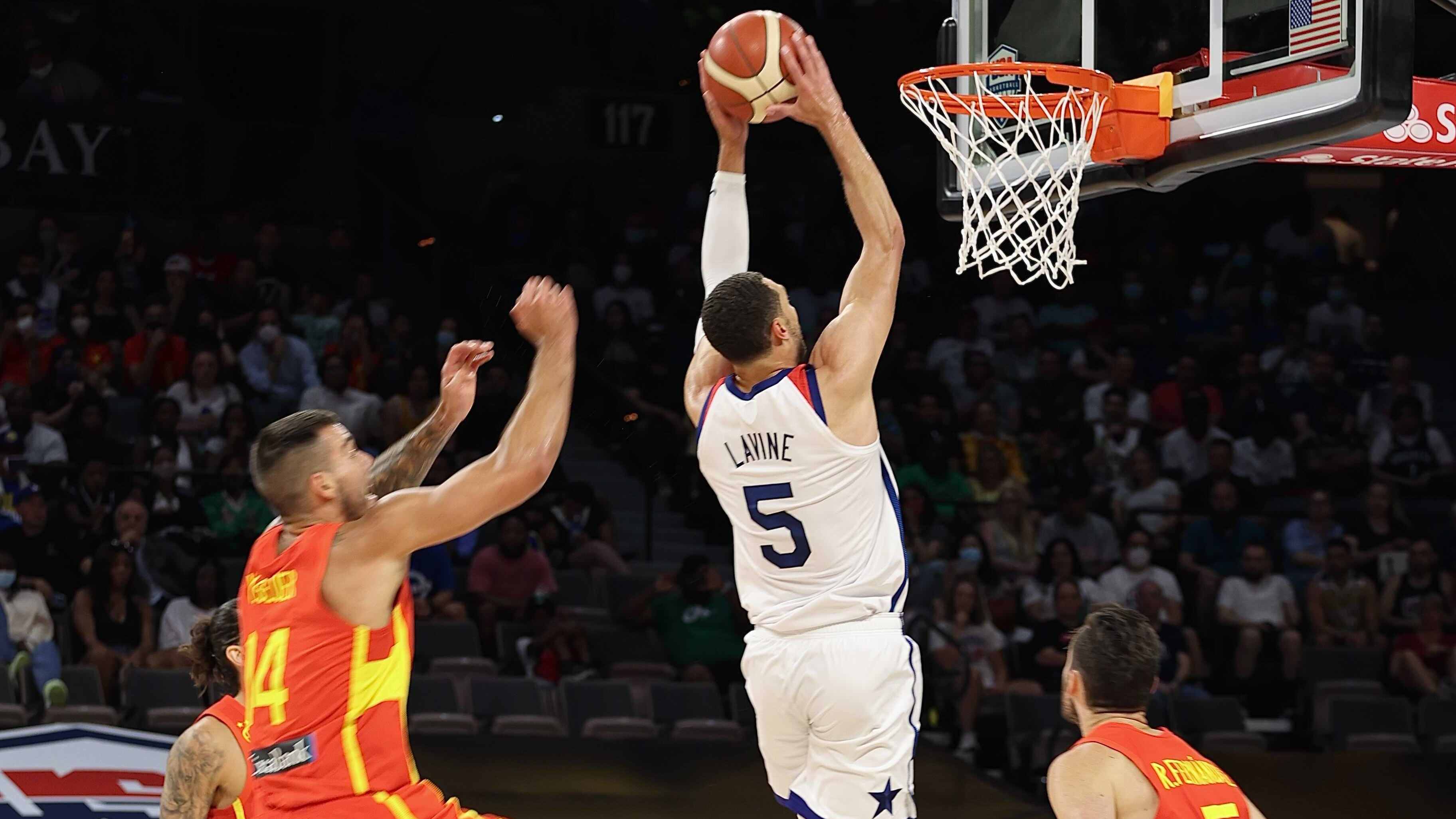Lavine dunking it home.