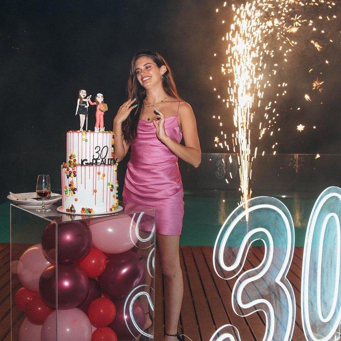 Happy Birthday Sara Sampaio, love her.