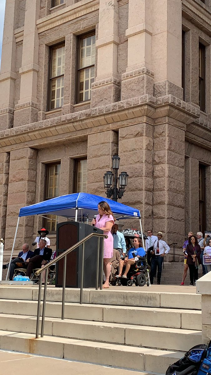 """""""Texas is ground zero in the battle for democracy. We will not go back to the days of Jim Crow!""""   - CEO of @LWV   #LetMyPeopleVOTE https://t.co/yOzxhP6Hgv"""