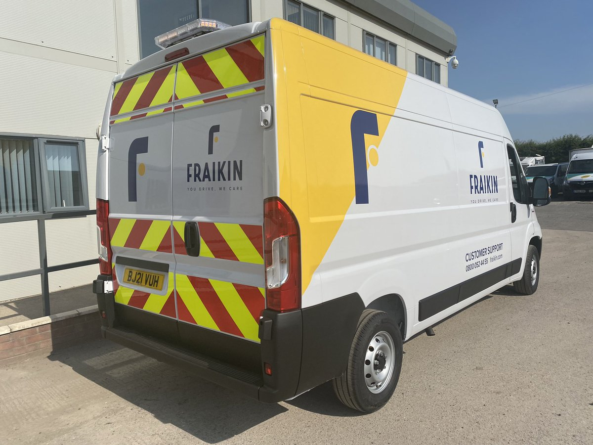 test Twitter Media - First of a new batch of service van conversions for @fraikin_uk customer support team. LED light bar, strobes & work lights. Split charge system with 4KW inverter & full livery. We don't just build bodies we can modify them as well!  #Fraikin #DAF #MartinWilliamsHull #Conversion https://t.co/uzTHaBCqod