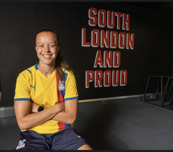 Welcome, Leanne! ✍️@cpfc_w  #CPFC | https://t.co/utMcYSDkhb