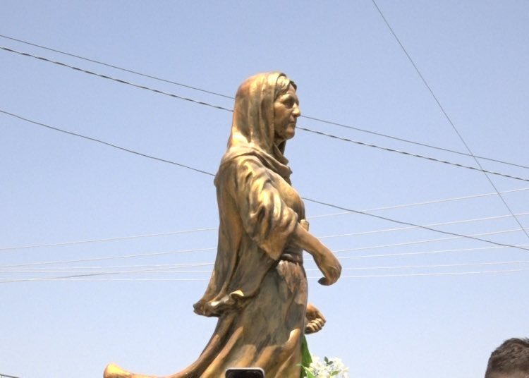 Today on the 7th Remembrance Day of the #YazidiGenocide the statue of Daye Gule was unveiled in Shingal. It was commissioned by her family and made by Assyrian artist Ninos Thabit. Daye Gule was executed after killing an ISIS leader who had kidnapped her and two of her children.