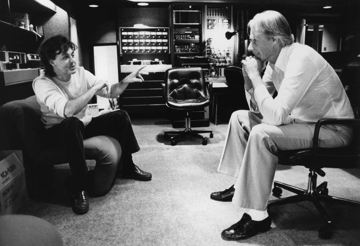 RT @mccartneywho: Paul McCartney and George Martin at the AIR Studios, London in 1982.  📸: Homer Sykes https://t.co/k5RPRfqcm7