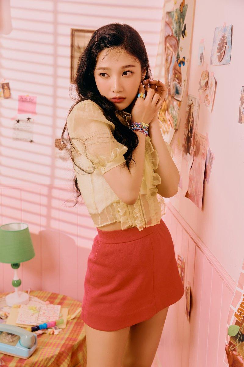 @RVsmtown's photo on Red Velvet