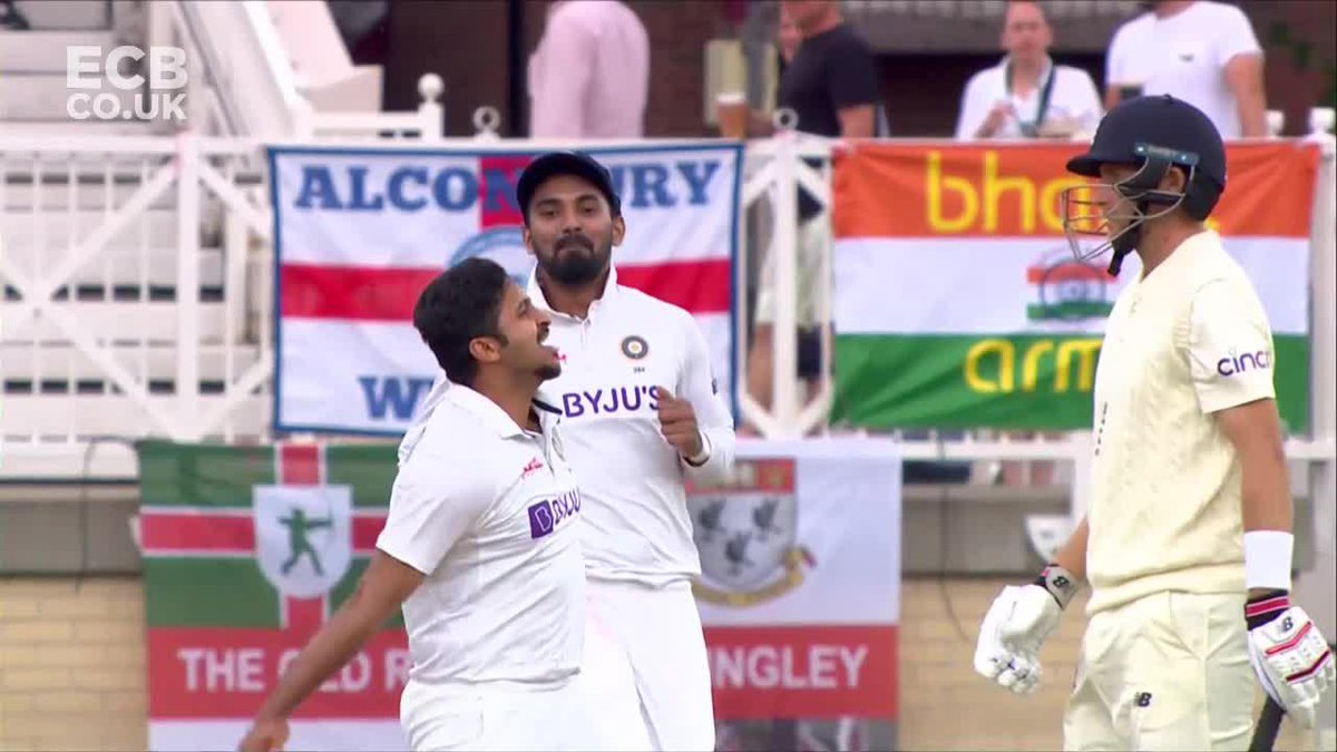 India on a roll this afternoon.  Scorecard/C;lips: https://t.co/5eQO5BWXUp  #ENGvIND https://t.co/OxCdKQnOP1