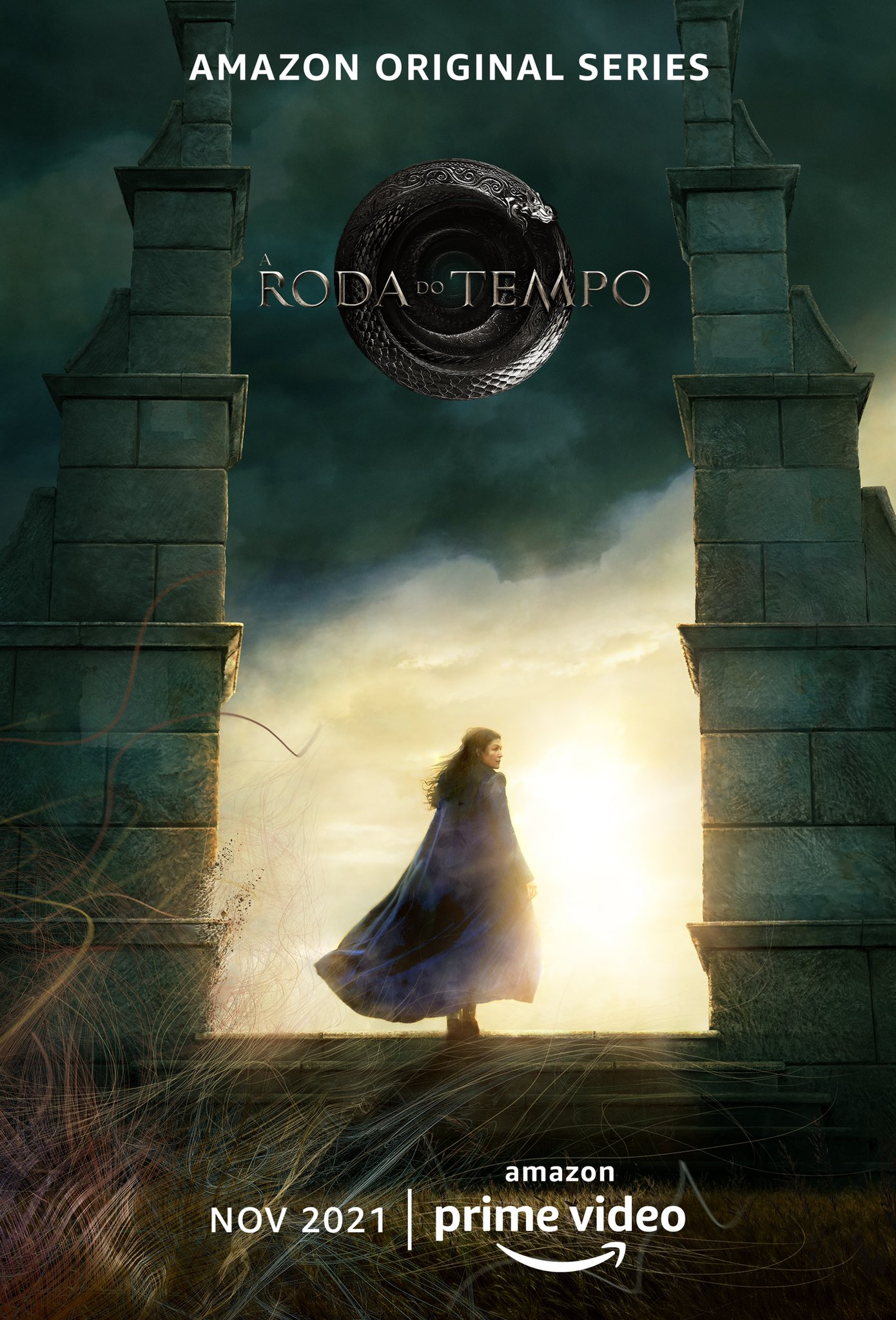 This is the Portugese version of the Wheel of Time poster.