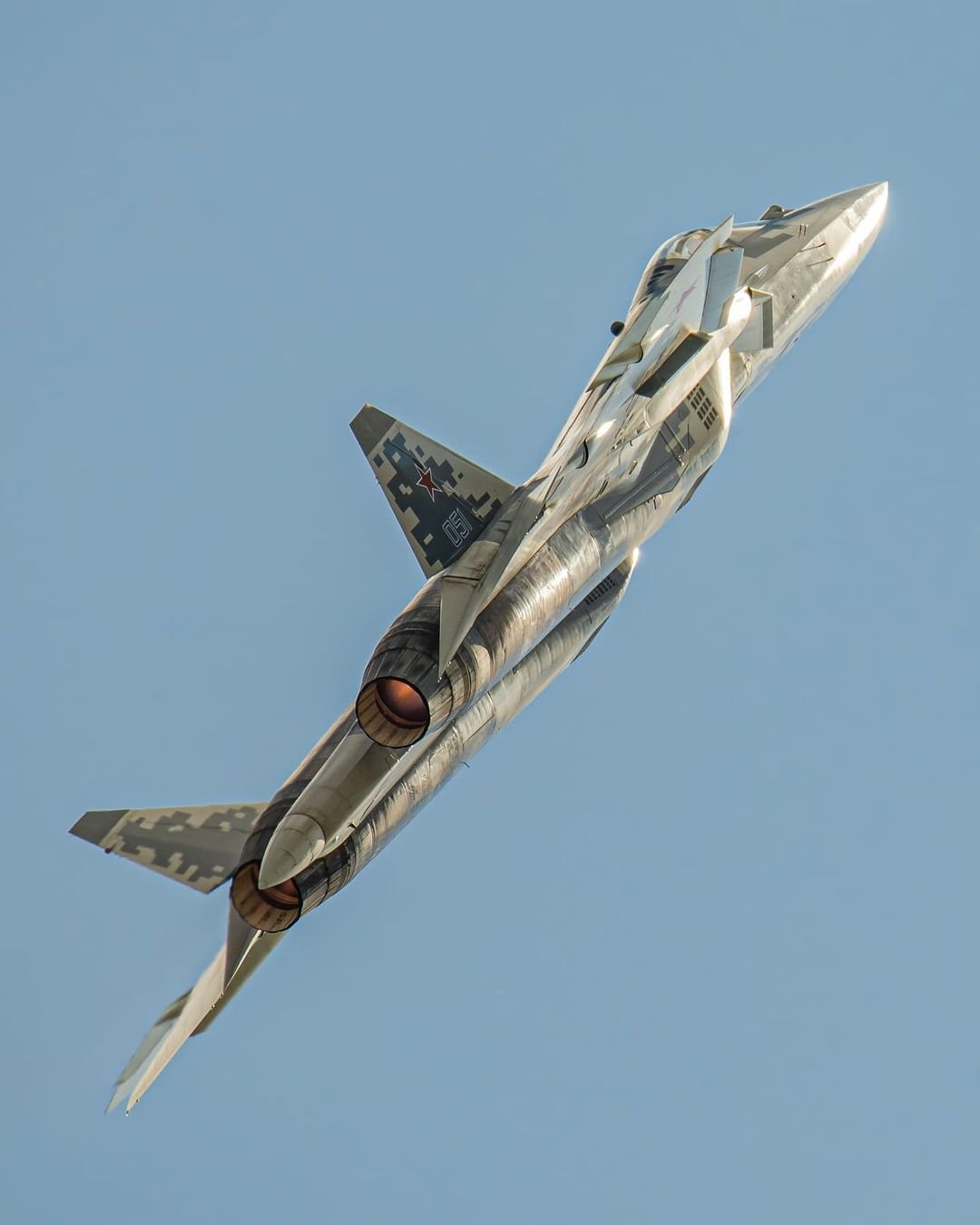 Su-57 Stealth Fighter: News #7 - Page 33 E7ANj0IXoAI0wcX?format=jpg&name=large
