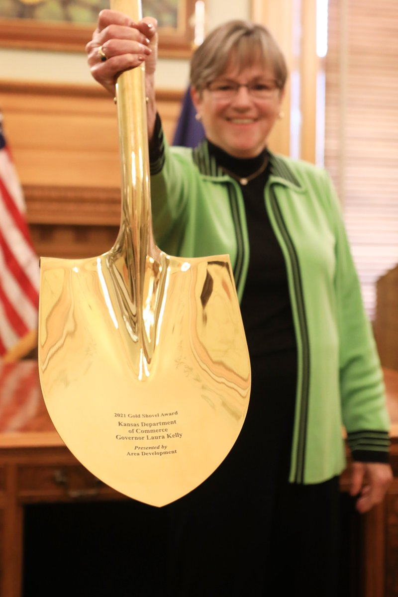 When we invest in our people and our state, we all win. Congratulations on bringing home the Gold Shovel this year, Kansas! https://t.co/0DXK8n7DGx