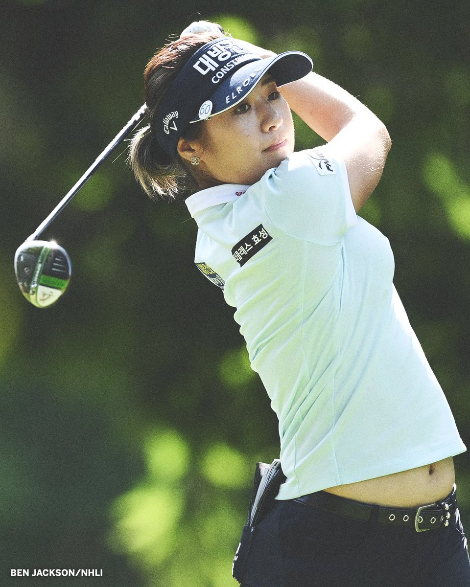 South Korean golfer Jeongeun Lee6 tied the men's and women's major record for the lowest round.   She carded a 10-under-par 61 at the Evian Championship on Friday.  More: https://t.co/isQrebg84r https://t.co/QD4FHsfm58