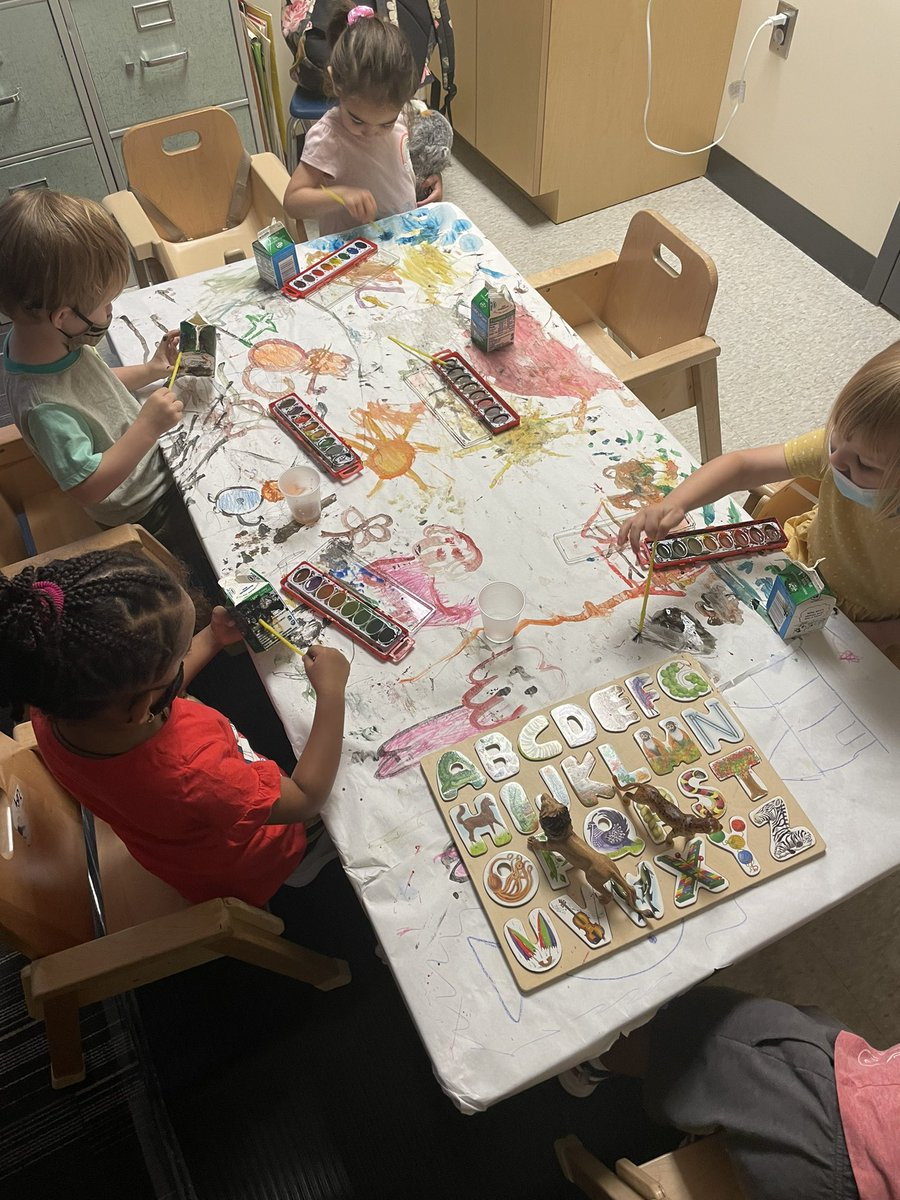 Exploration+creativity=learning🎨<a target='_blank' href='http://twitter.com/ECSE_IS'>@ECSE_IS</a> <a target='_blank' href='http://twitter.com/APS_EarlyChild'>@APS_EarlyChild</a> <a target='_blank' href='https://t.co/8bTu6CrJz9'>https://t.co/8bTu6CrJz9</a>