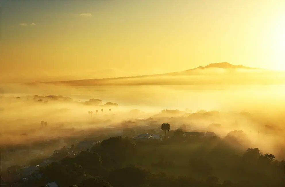 Beautiful foggy start of the day ❤ Photo taken at Takarunga (Mt Victoria), Devonport, Auckland. #fog #DevonportNZ #DevonportVillage #Rangitoto #ourAKL #OurAuckland #kiwipics #VisitAuckland #NikonNZ
