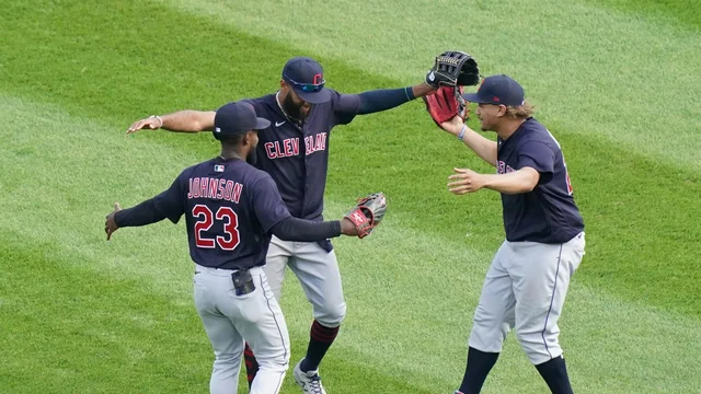 White House weighs in on Cleveland Indians' name change https://t.co/Z2xFZigl9b https://t.co/GjsddkA1hP
