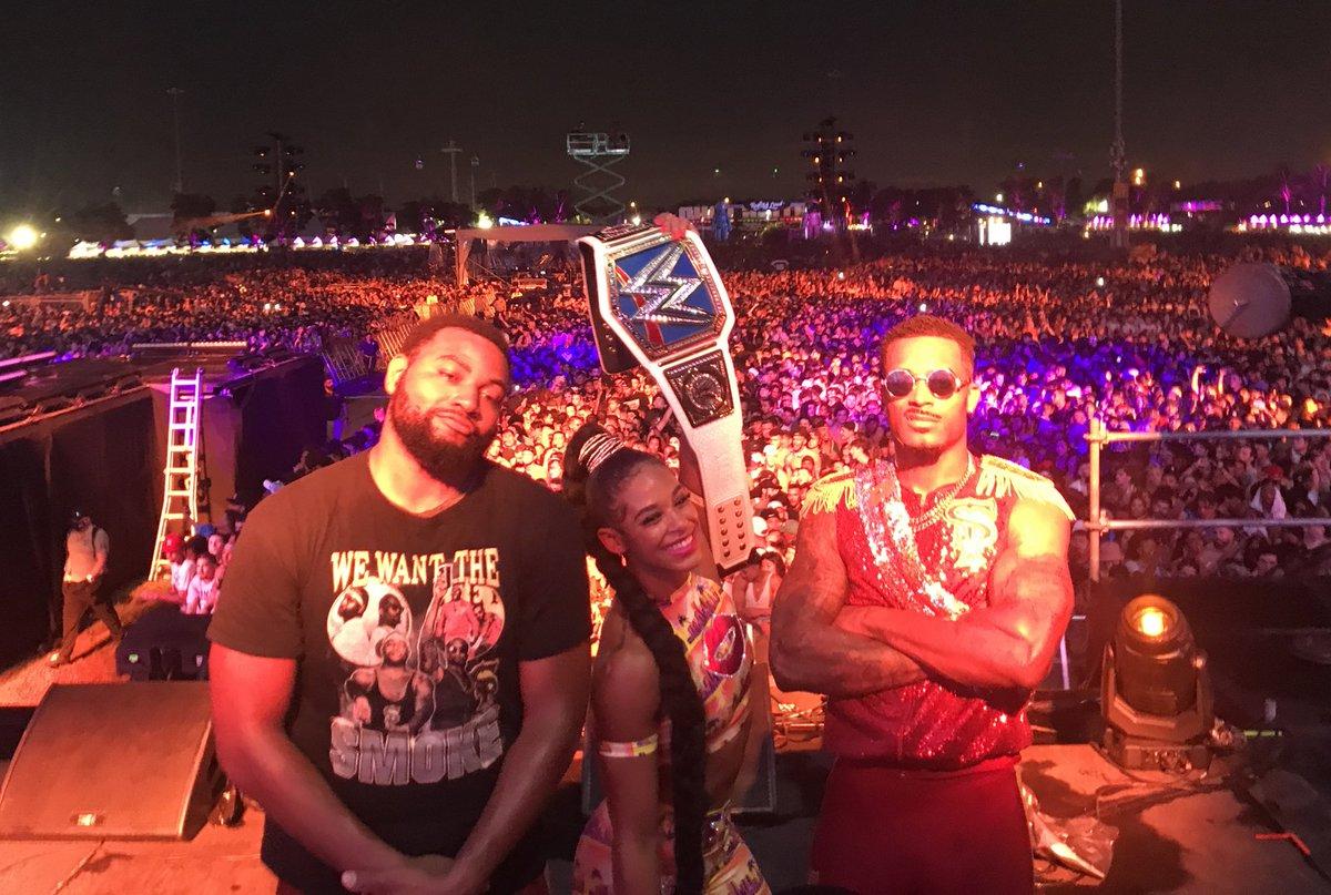 .@RollingLoud 🔥🔥🔥🔥  #ESTofWWE #SmackDown  #AndStill https://t.co/pQ9C6SVMfL