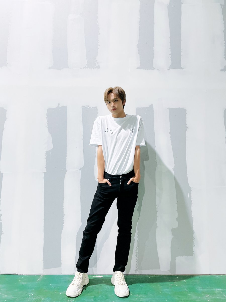 @NCTsmtown_127's photo on haechan