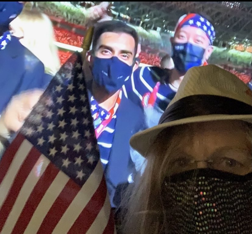 Somehow my mom Judy got a VIP pass and she's made it all the way to Tokyo for the Summer Olympics. 🇺🇸😷🇯🇵 She never disappoints. 🥇🥈🥉 This is her running gag to take a picture in front of the tv and pretend she's there. 😉  #Olympics  #TeamUSA https://t.co/zvFBdXvqX4