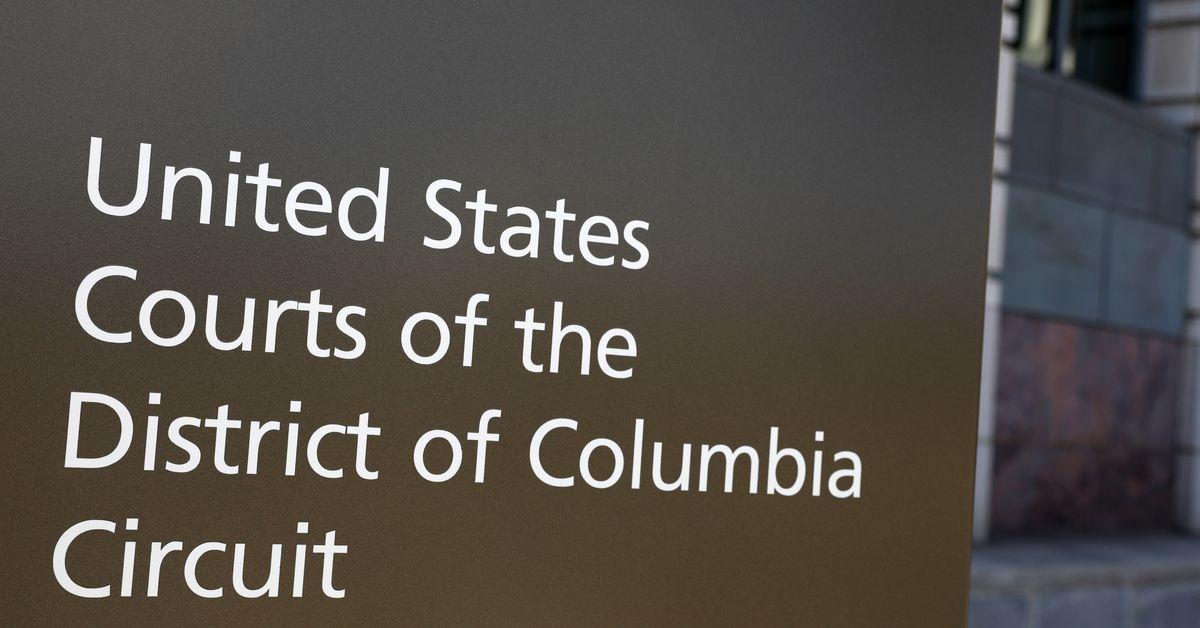 HHS improperly cut tribal clinic funding - D.C. Circuit https://t.co/UNkPZbCsRa https://t.co/1kjyVnK15v