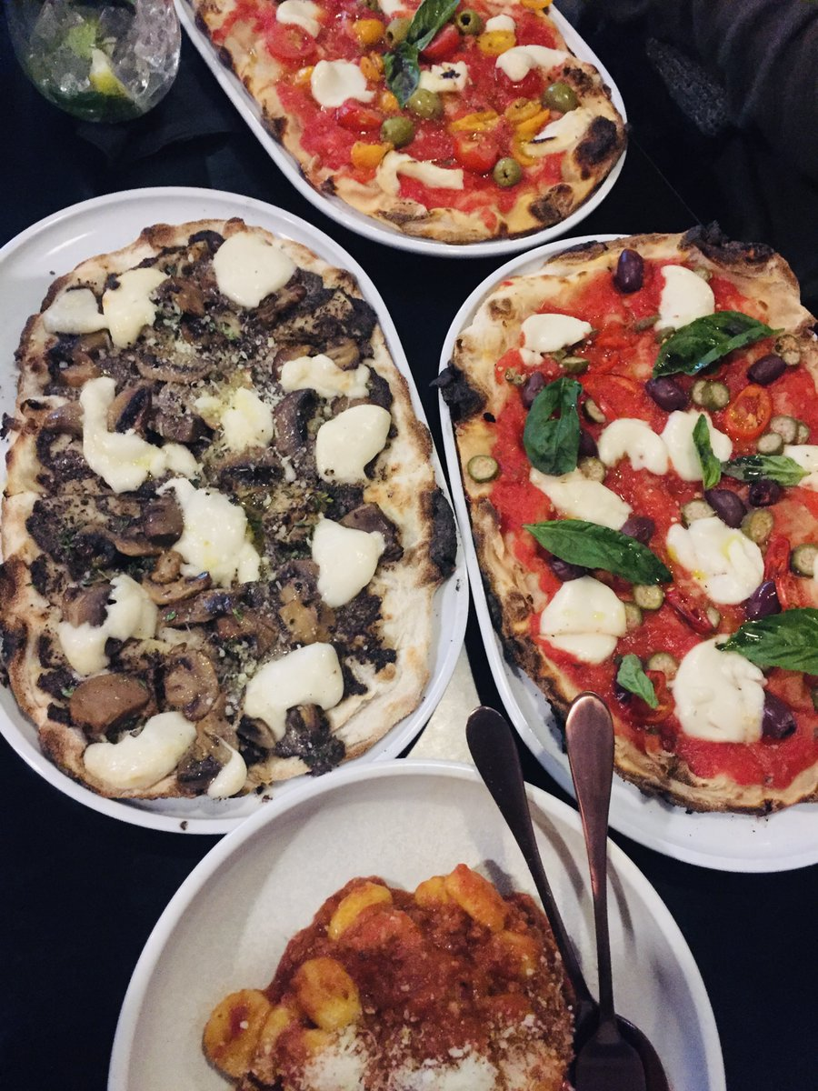 #GirlsNight last night (with Cathy, Corinne & Renata) started at #NonnasNightmare in #WestEnd:  #gnocchi al ragu + #pizza: magic mushroom, pizza tricolore, and puttanesca - all yum!  Followed by #chai at #TheBurrow + deep chats with Cam to end the night  #veganItalian #veganfood https://t.co/MQyRfxGq0Q