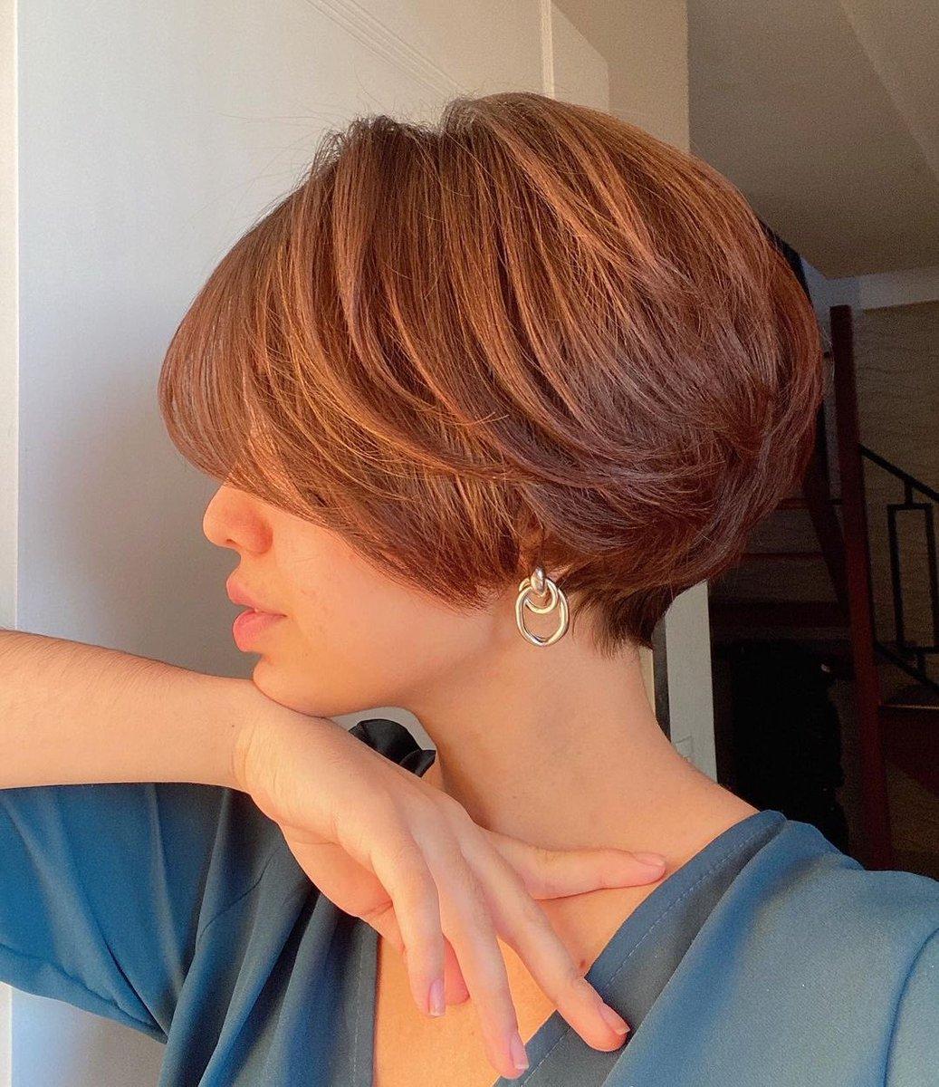 Side face  #haircut #shorthair by @rcgimenes on @_palomaabessa #photography #salon #aheadhairmedia  #aheadhairtrends #lonewong #撮影 #美容室 #短髮  @HairAhead https://t.co/HmgcpyJLR8