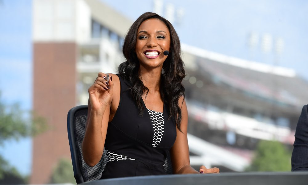 TO THE LEFT LEFT. #MariaTaylor doesn't renew her contract with #ESPN after racial controversy>>> https://t.co/eNC4yTYEwr #blm #lawtwitter #blacklawtwitter #lawfirm #blacklawyers #blacklawyersmatter #lawschool https://t.co/uZlM4JgVKW