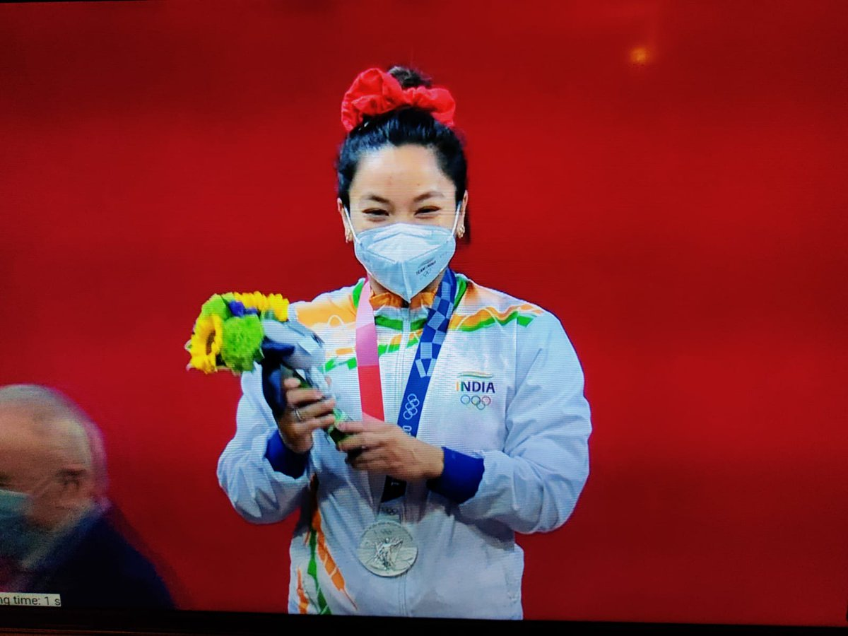 Congratulations to @mirabai_chanu for winning silver medal in weight lifting. This is first medal for India in Tokyo Olympics. Every Indian is proud of you. https://t.co/f8cFSX3HsK