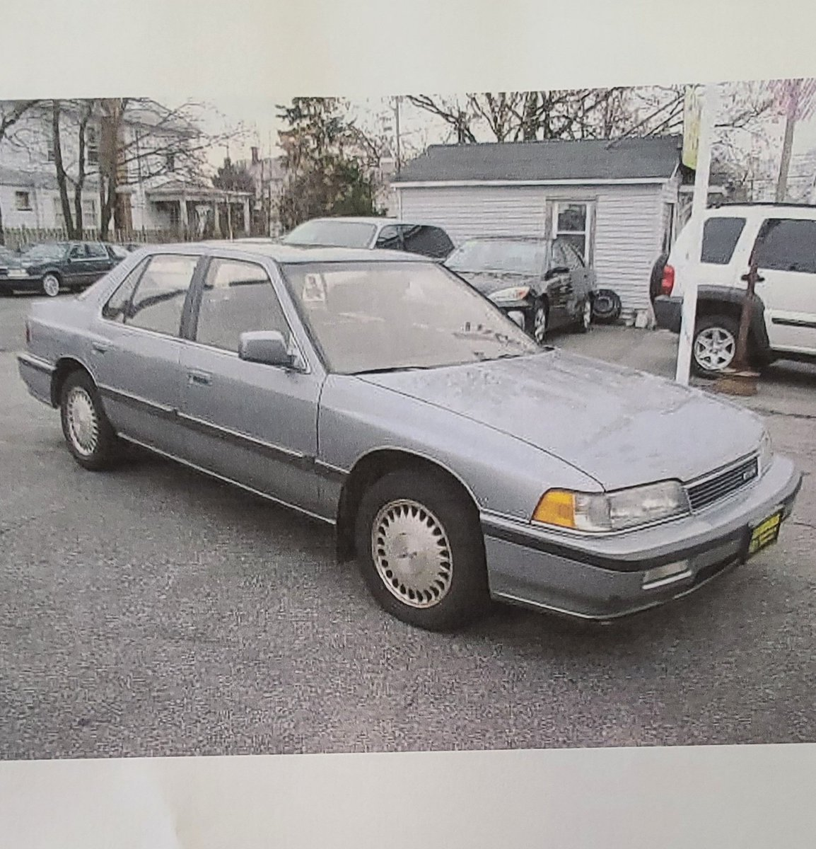 I know it's not #tbt but just came across this picture. My first car. #acura #legend #acuralegend #LS #fullyloaded #1990 https://t.co/Su9ARgRGil
