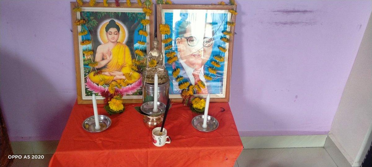 Gurupurnima Dhamma Day isi Din Tathagat Gautam Buddha ji ne Sarvpratham Saarnath main Updesh diya Tabse ishe Guru Purnima kaha Gaya Aur Sath Hi Varshawaas Prambh bhi isi Purnima se hota hain Aap Sabhi Ko Mangalkamnay 🙏 https://t.co/tAcwk04ZPW