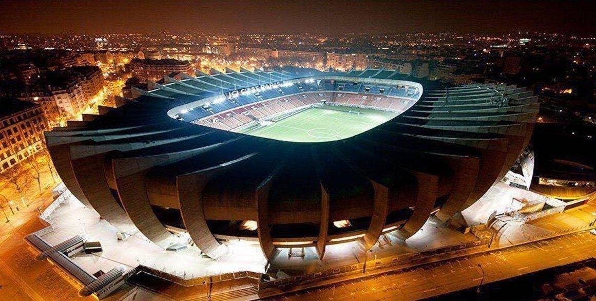 « Stade en carton » notre Parc ??? https://t.co/5zYB5EuGMt https://t.co/Yhlh4dgvB2