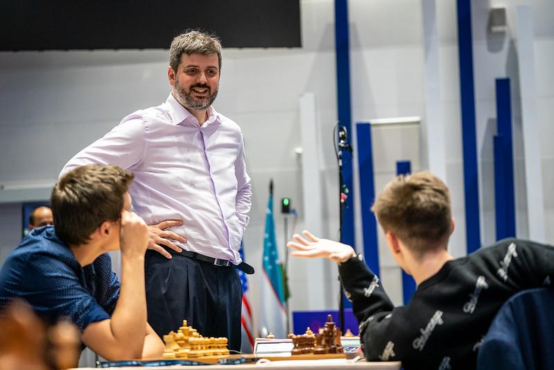 test Twitter Media - Определились пары 5-го круга Кубка мира ФИДЕ. Новый раунд стартует 25 июля https://t.co/ksKeXI8lCF   Фото: @IM_Rosen @FIDE_chess #FIDEWorldCup https://t.co/SiJmaxRw3M