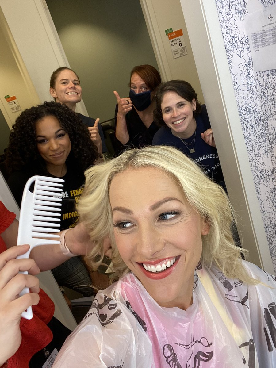 Love this crew. Getting set for day one of @OnHerTurf check it out tonight 7pm ET on @PeacockTV #OlympicHERstory https://t.co/X1z4MKxu88