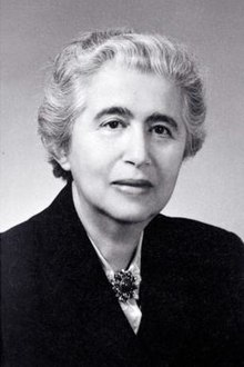 7/24/1890 — b. Selma Stern-Täubler, Germany archivist, author. Founder and director of one of the world's largest historical collections documenting the American Jewish experience, the American Jewish Archives in Cincinnati, Ohio (1941-60) #womenshistory #OTD https://t.co/y1nhB0Dorf