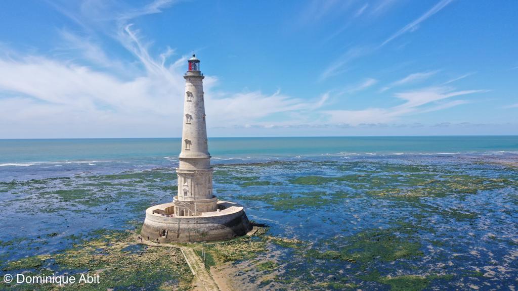 Le phare de Cordouan et les grandes villes d'eau d'Europe dont la @VilleDeVichy sont classés au patrimoine mondial de l'@UNESCO. Une magnifique reconnaissance pour ces lieux exceptionnels, témoignages de la richesse et de la diversité de notre patrimoine. https://t.co/p4wJSvhIlA https://t.co/aAlDoM1asd