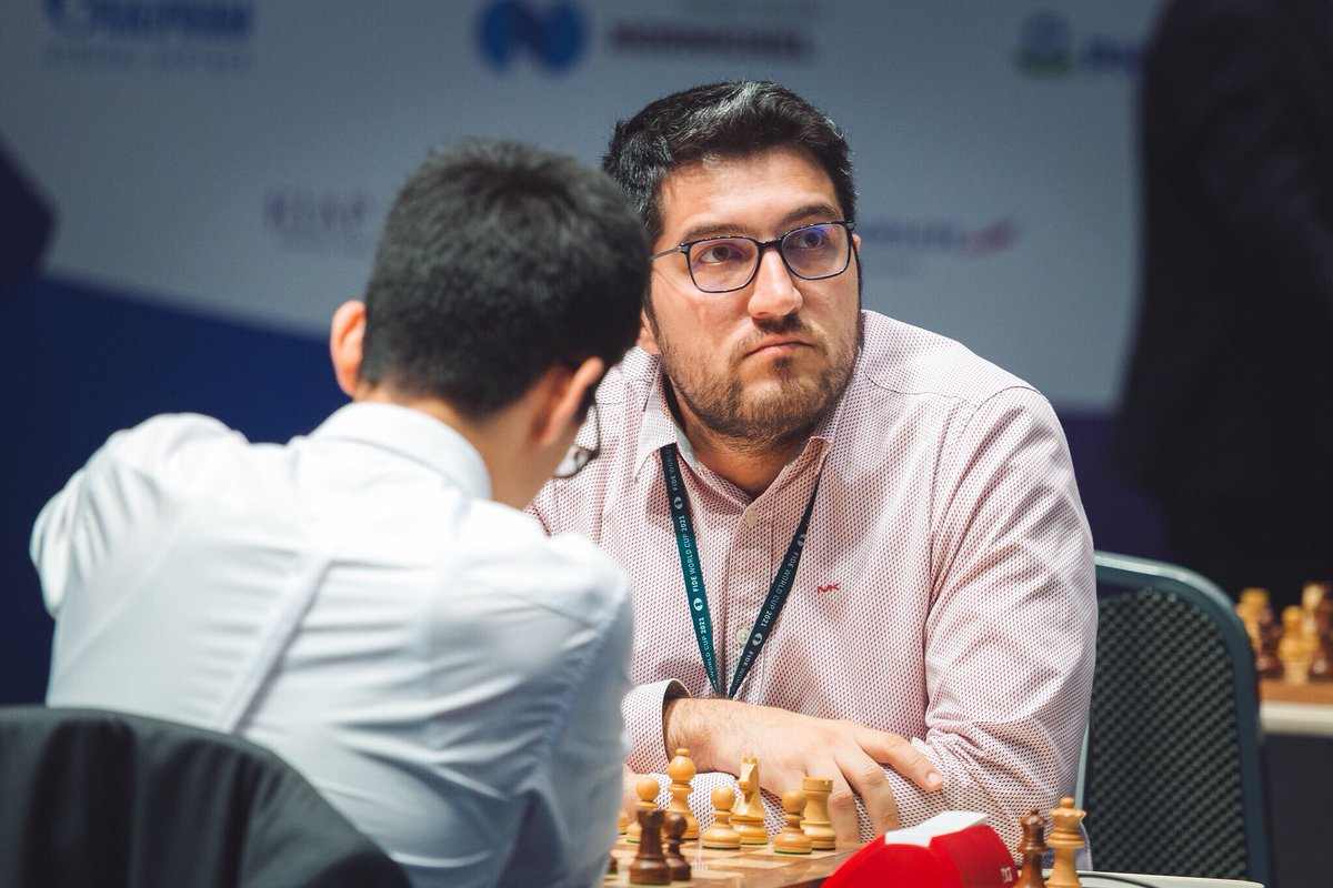 test Twitter Media - Great comeback from Vasif Durarbayli, who won his game against Nodirbek Abdusattorov and extends their Round 4 Tiebreaks to the next stage! #FIDEWorldCup https://t.co/sfebIfFfXE