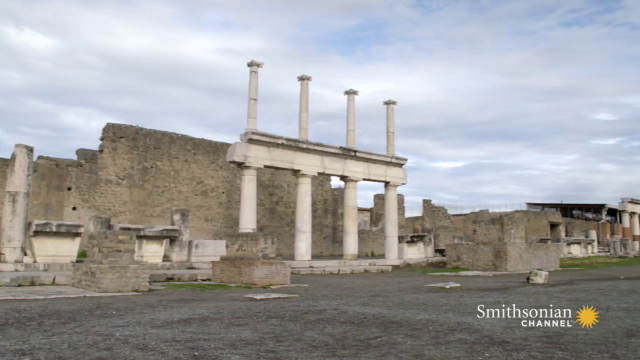 🗓#OTD in 79 AD, Mount Vesuvius erupted and destroyed Pompeii.   The eruption seemed to happen suddenly. Now, experts suggest the event was hours long.  🎥Secrets: Gangs of Pompeii https://t.co/Rn6vBGtm5J