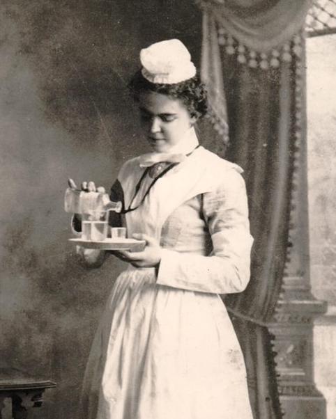 "On July 23, 1880, U.S. #Army #NurseCorp #nurse Susie Almer was born in Helena, #Arkansas.  In May 1918, she was working as ""Chief Nurse"" at Base Hospital No. 21, near Rouen, France. #history #localhistory #womenshistory #militaryhistory #ww1 #armynurse https://t.co/7mQ5sN8FpM"