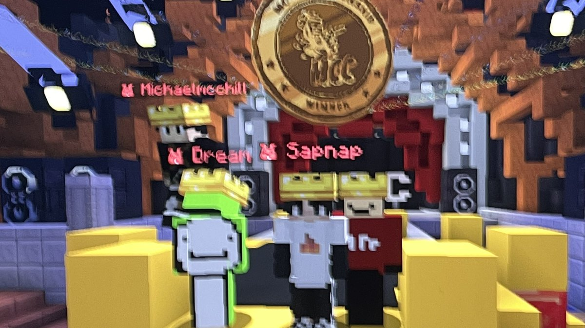 @Quackity's photo on ender