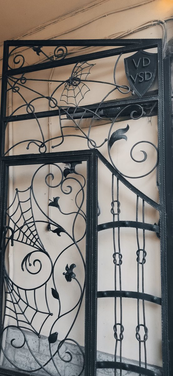 Was out. Saw this gate today👀  Told u. Saint Petersburg is a gothic city https://t.co/ddyzPuzNQO