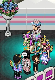 Ok ok.... podemos hablar de lo tierno y divino que se ve @AxelDesperes encima de ese bello unicornio y con su banderita del pride? 😍❤❤❤❤❤ #Pride2021 https://t.co/VQp79LNiUR
