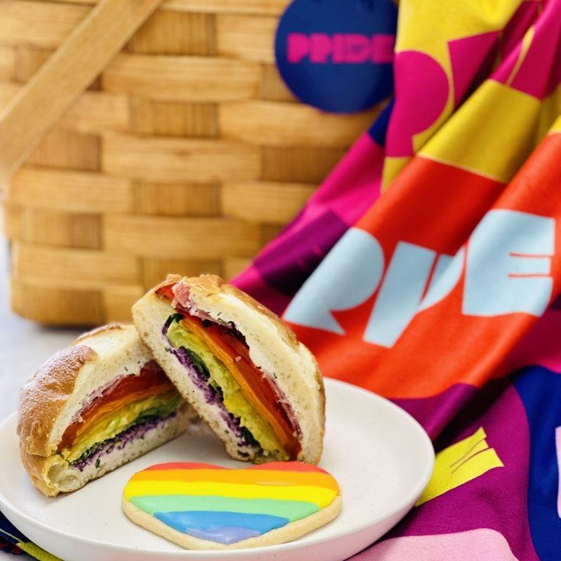 Pride Picnic yields baskets to unpack on Parade day in Vancouver — Stir https://t.co/2CQu6YtExp  @vancouverpride @TheLazyGourmet #vancouver #VanPrideFest #PRIDE #Pride2021 #PrideSummertime #createastir #stirvancouver #picnic #vancouverfood #PrideMonth #PrideMonth2021 #PrideParade https://t.co/MblQRu4iG0