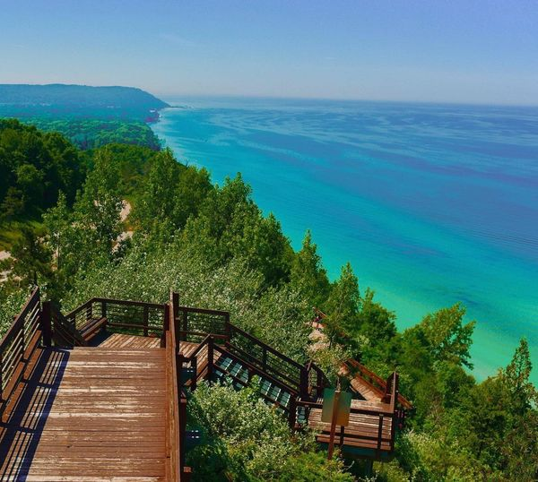 This 2nd photo is of Beautiful #Michigan #PureMichigan #USA , You should come on vacation and see us when you can #UnitedKingdom #Sweden #Australia #Canada #Germany #Scotland #NewZealand https://t.co/4lMTvHjiyv