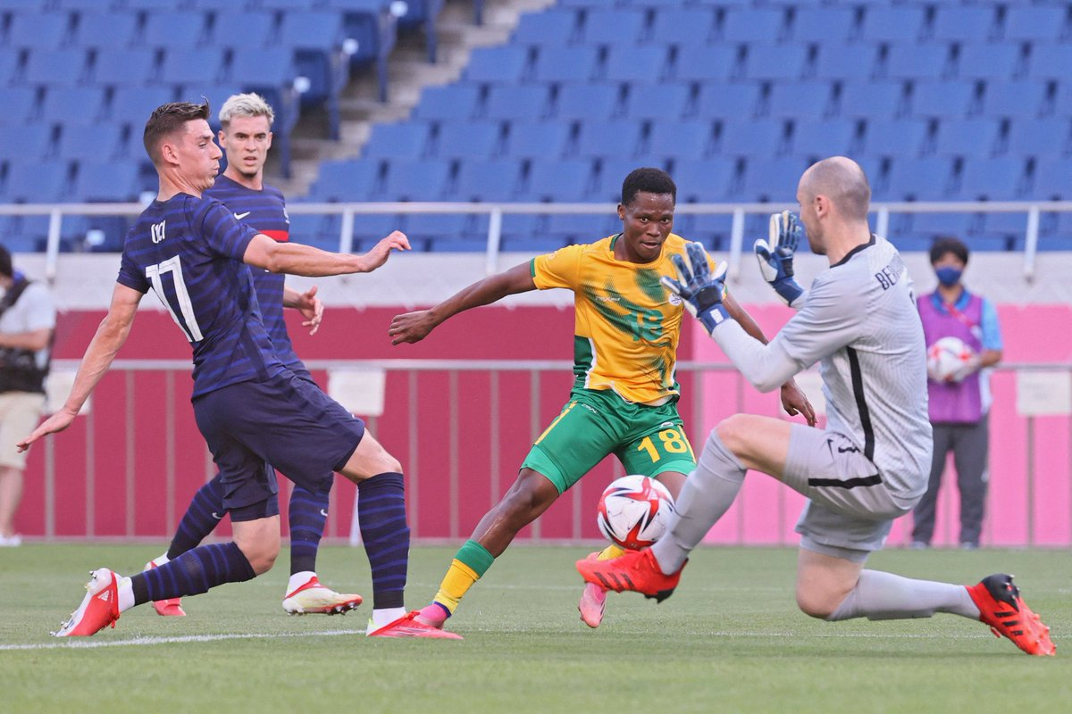 It was not meant to be  South Africa lose 4-3 to France in Saitama  Gignac (3) equalised on three occasions when South Africa went up front before Savanier scored the winner in added time   Singh missed a penalty for South Africa in the 1st half that ended 0-0  #OlympicFootball https://t.co/Qs4I2cM5pA