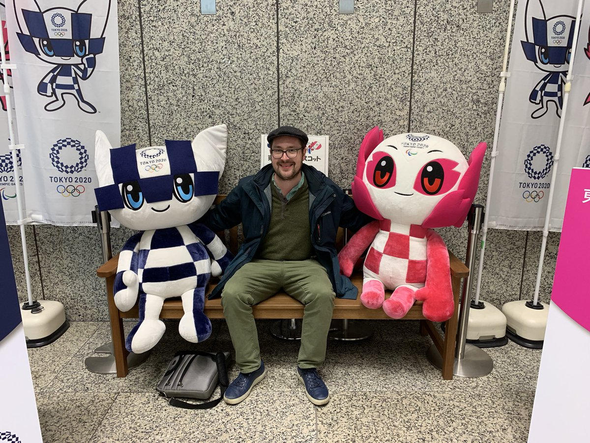 When I met the mascots — Tokyo Metropolitan Government Building, Jan. 2019. #Tokyo2020 https://t.co/7b7LrVBhva