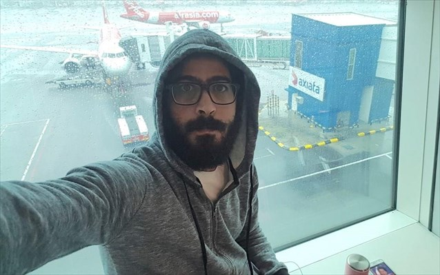 «The Terminal»: Η ιστορία επαναλαμβάνεται https://t.co/IZjMNyb588 #airport #MehranKarimiNasseri #tomhanks #flight #waitoapp #airportstories #airlines #frequentflyer #travel #travelbuddy #terminal #flightstories #milehigh #travelblogger #airplane #flightattendant #naftemporiki https://t.co/VUOVkhiFnm