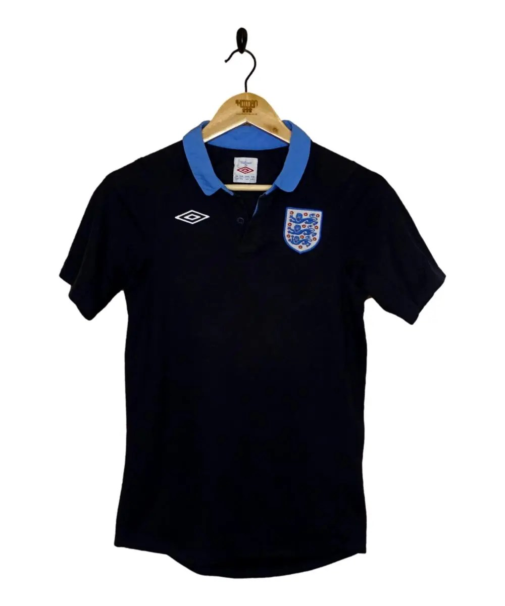 Checkout this 2011-12 England Away Shirt (XLB)!  Buy Now or Make An Offer at https://t.co/7bapsFGqpa   Free UK P&P!   Tracked Worldwide Shipping!  #2011-12 #ENG #England #ThreeLions #Umbro #TheKitman https://t.co/P3buVoe9xe