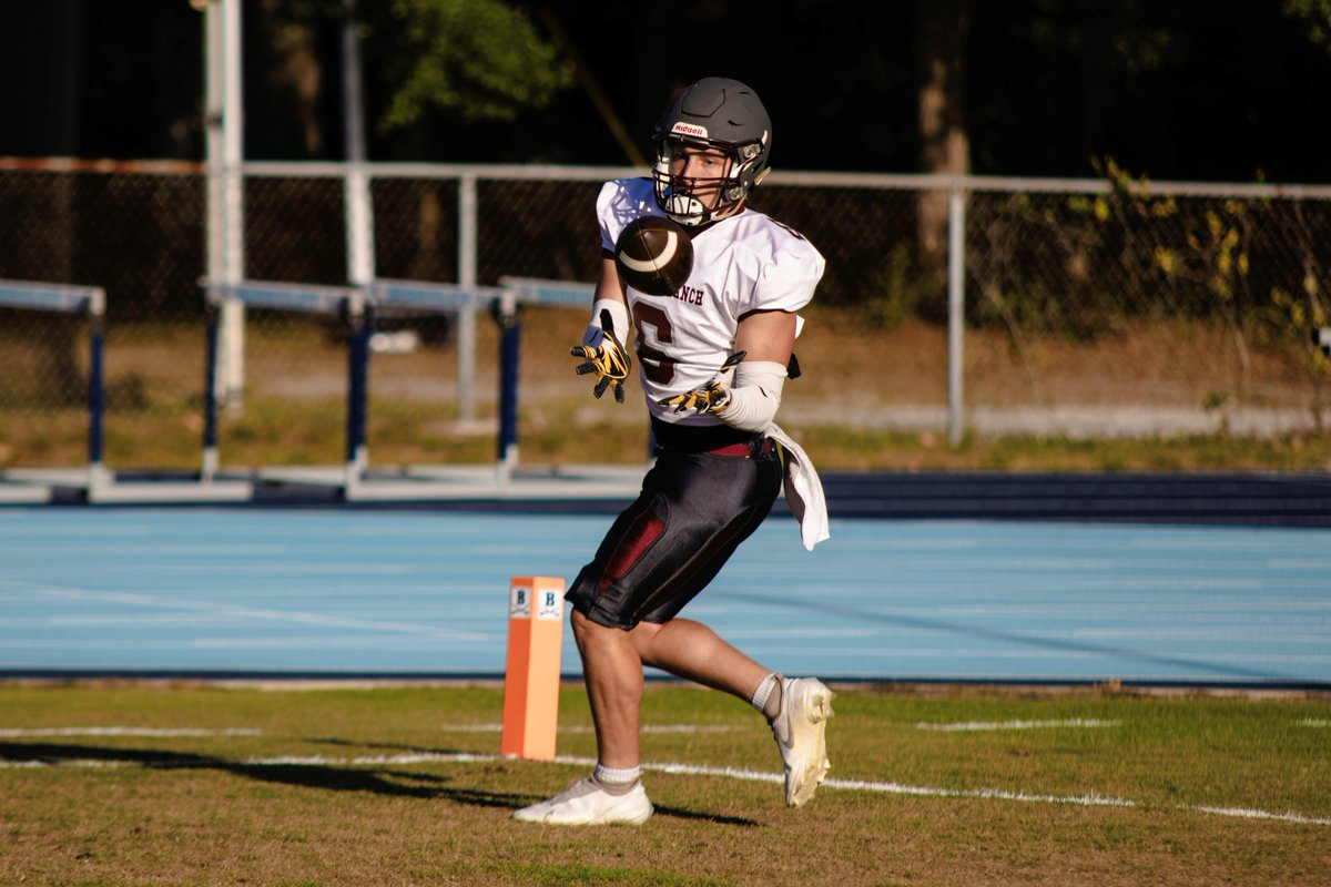 """""""Talent is cheaper than table salt. What separates the talented individual from the successful one is a lot of hard work."""" -Stephen King  #BullsNation #RightNow #TheRanch #FHSAA #Future #HSFB #BCPcamps https://t.co/kBZ5ueetnz"""