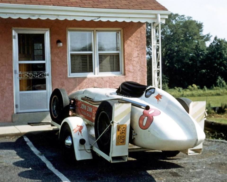 308 days til 106th #Indianapolis500 @IMS #IsItMayYet 1956 #8 The winner enroute to 16th and Georgetown. Dont see transporters like that any more.  Classic Americana!! Countdown to Raceday, each and Every Day by Following. #Indy500 #Indycar https://t.co/F82KlBGEd3